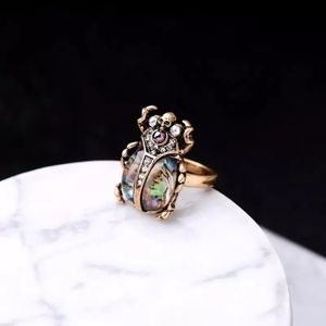 Jigdaliag Jewelry - Abalone Shell Beetle Skull Vintage Gold Ring